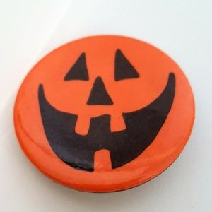 Hallmark Cards Jack o Lantern Orange Halloween Pin